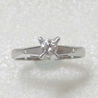 ダイヤ指輪リフォーム